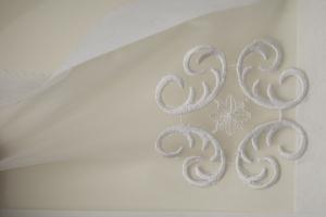 Белый тюль с вышивкой арт. R407