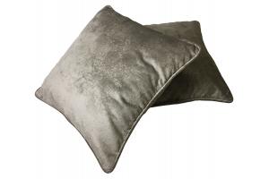 Декоративная подушка из шенилла