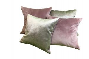 Комплект дизайнерских подушек из фактурного бархата