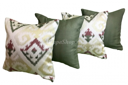 Комплект декоративных подушек с абстрактным рисунком