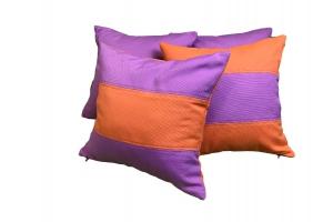 Яркий комплект декоративных подушек