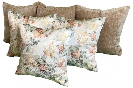 Комплект из 6-ти подушек с цветами