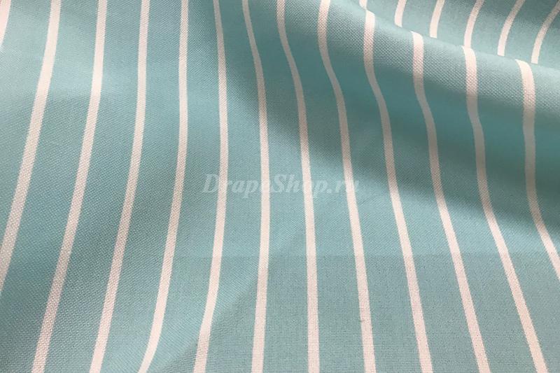 Голубая ткань со светлой полоской