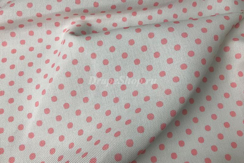 Светлая портьерная ткань в розовый горошек