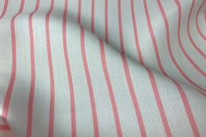 Светлая портьерная ткань в розовую полоску